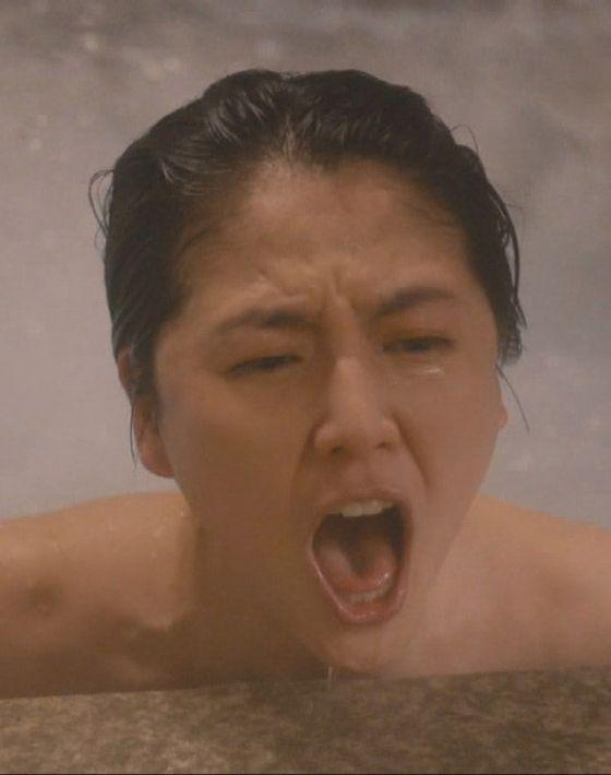 長澤まさみ(30)腋チラに入浴シーンが抜ける!!!!!!【エロ画像】