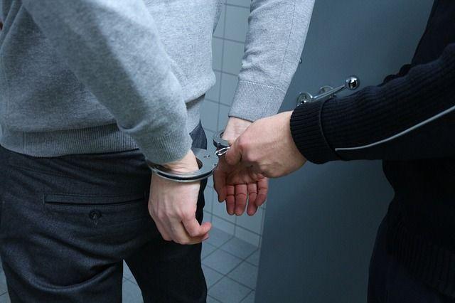 police-2122394_640
