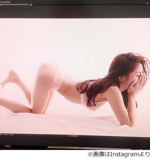熊切あさ美(35)お尻突き出しセクシーすぎる下着姿を公開 「これはやばーい」「鬼エロい!」の声【画像あり】
