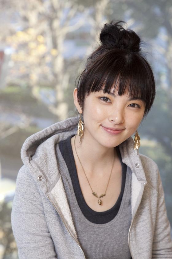 女優・田中麗奈、結婚!!お相手は40歳の医師