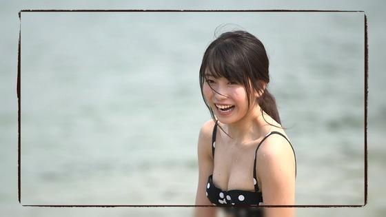 横山由依『ゆいはんの夏休み』でヌーブラやニップレス見えまくりなんだが・・・いいのこれ?[画像あり]