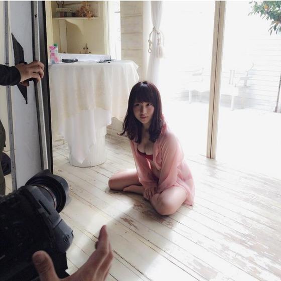 高橋朱里のオフショット乳がとてつもなくすげえええぇぇぇ!!!【画像あり】