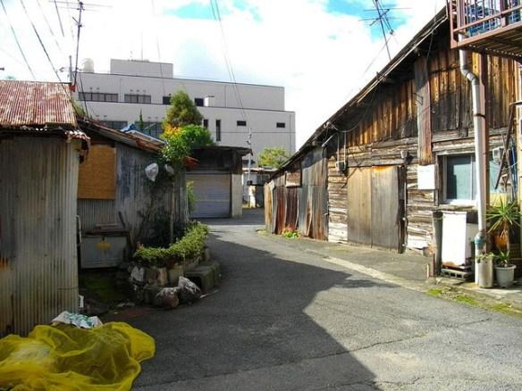 在日朝鮮人や部落民が多く住む地域に家を買ってしまった