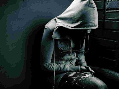 うつ病()の甘ったれ後輩が自殺したったwwwww