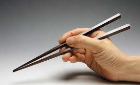 ピロリ菌は<箸>に原因があった!!まさか何年も同じ箸を使い続けてるやつはいないよな!?