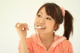 歯が痛いけど歯医者に逝けないヤツ、ちょっと来い。