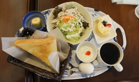 【驚愕】朝の名古屋でコーヒー一杯だけ注文した結果wwwwwwwwww