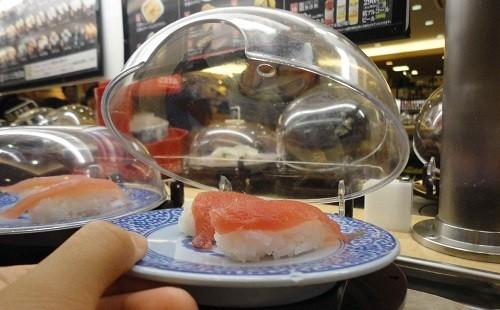 初めてくら寿司に行ったけど寿司バリアー固すぎだろwwwwwwww