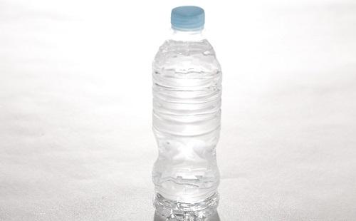 水筒代わりにペットボトルを繰り返し使ってる奴wwwwwwwww