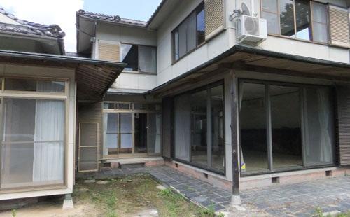 祖母の所有している家が幽霊屋敷になっていた件wwwwwwww