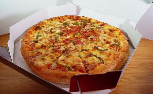 昼間にピザ頼みまくった結果wwwwwww