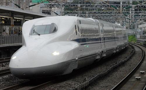 新幹線でわざわざ金だして指定席買う奴wwwwwwwwww