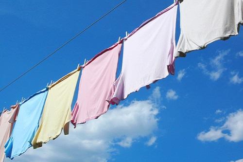 ついにスケルトン洗濯機が登場!「家でゆっくりリゾート感覚を楽しめる」などと開発元が意味不明な供述を始めるwwwwww