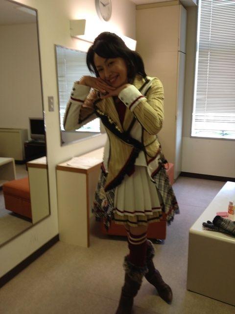 女優・田中美奈子(45)のSKE制服コスwwwwwwwww