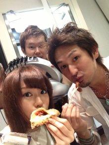 桐谷美玲 美容院にピザの出前を取る