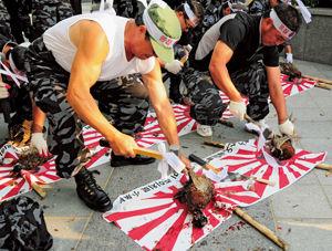 主婦たちが嫌韓になった理由「東京新聞」「レイシストしばき隊」「1000年恨む」