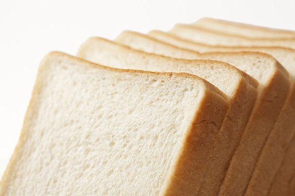 8枚切りのパンが関東に根付いた理由 GHQの指示で作られたため