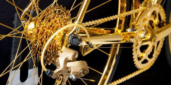 聖闘士星矢に登場しそうな、ゴールドで覆われた超高級自転車が発売 -英