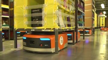 Amazonの倉庫番ロボットが24億円以上のコスト削減に成功…出荷までの作業を15分で完了(人間は75分) 人間の仕事を奪う日も近い?