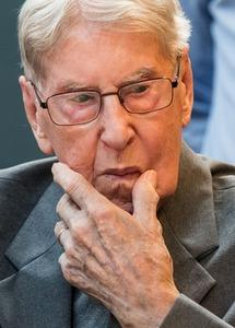 94歳元ナチス親衛隊員に禁錮5年、「17万人殺害」に関与…ドイツ