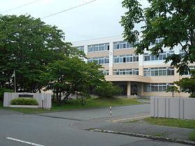 北海道高校教職員組合の教員が生徒に安保法反対署名活動 → 「正当な組合活動の範囲」と逆ギレ