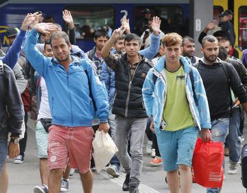【ドイツ】難民「起きてもすることがない。1日中、食べて寝るだけの生活に絶望した」