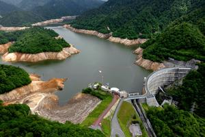 矢木沢ダム貯水量20%台、関東の水不足深刻化