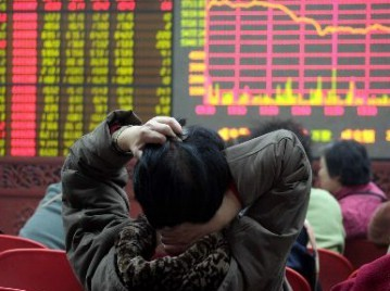 【中国】ついにバブル崩壊? 上海株急落で終値4000割る…3週で下げ幅24%超