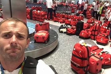 リオ五輪から帰国した英国選手団のバッグがみんな同じで空港大混乱
