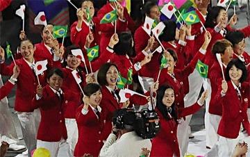【リオ五輪】日本選手団「歩きスマホなし」入場行進に賞賛の声