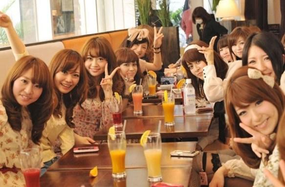 【画像】渋谷ギャルだらけクソワロタwwwみんな同じ顔同じ服www