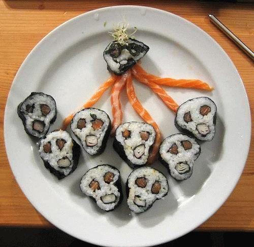 【画像】外国人 「寿司作ってみたwwwww」 ジャップバカにされすぎだろ・・・