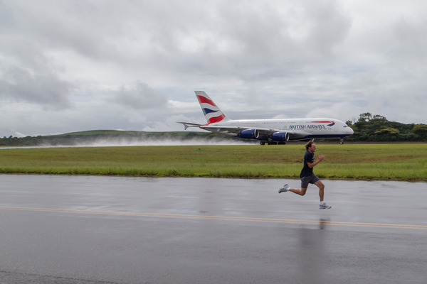 British Airways Man Vs Plane - Rudolph Raath wins fastest time