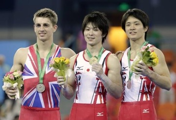 【中国】内村航平が体操世界選手権で優勝 → 表彰式の「君が代」が途中で打ち切られる