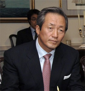 【おまいう】韓国のFIFA元副会長「FIFAを腐敗させたブラッター会長は即刻辞任しろ」