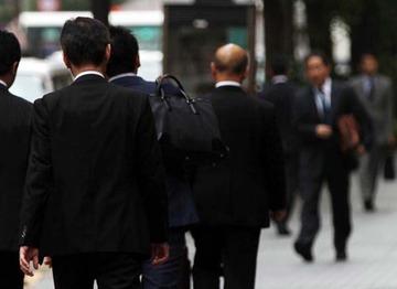 若手よりヒドイ…職場ひっかき回す「厄介者」は40~50代が圧倒的