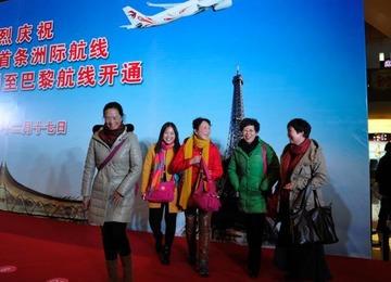 仏ホテル「枕を持ち帰るな」と中国語で張り紙 → 中国人「メンツ丸潰れで恥ずかしい」と撤去させる