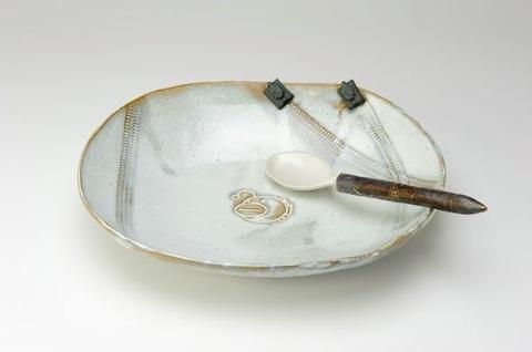「ガールズ&パンツァー」と笠間焼がコラボしたカレー皿が登場!
