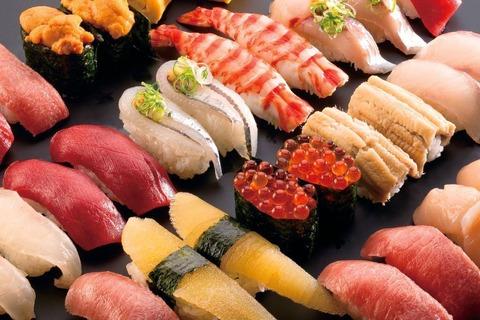 【!?】道頓堀川にでっかい寿司が流れてるんだけどwwwwwwwwwwww