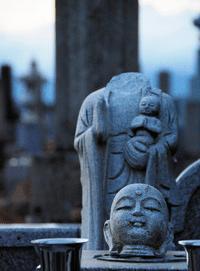【罰当たり】福島県須賀川市内の墓地でお地蔵様が破壊される被害が相次ぐ・・これまでに19体が壊されている模様