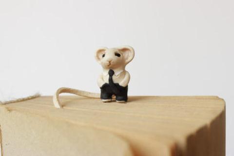 【可愛い】動物たちのしっぽやスカーフをページにはさむしおりが登場!