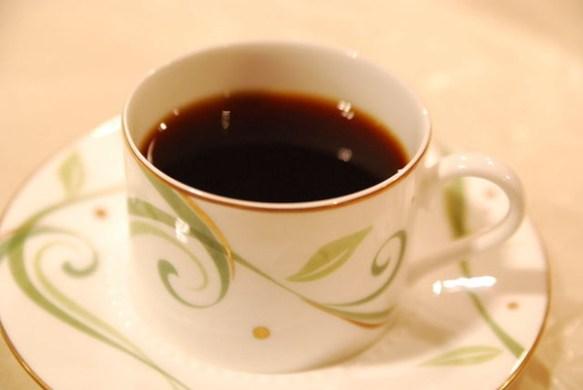 【海外】「自分のあとにコーヒーを頼んだ500人の分も払っておくよ」 数百人にコーヒーをおごる事件が発生
