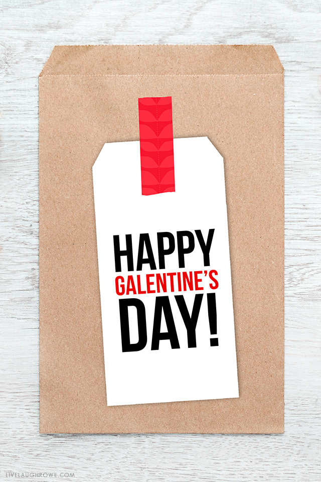 Free Printable Gift Tags for Galentine\u0027s Day -- celebrate your