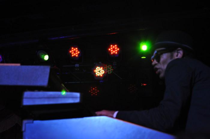 Bowlive, 3.11.11 2011-03-11 060