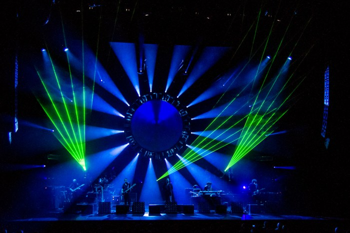 The Australian Pink Floyd Show @ The Oakdale Theater, Wallingford, CT - 10/21/12 || Photo by Craig Sandor