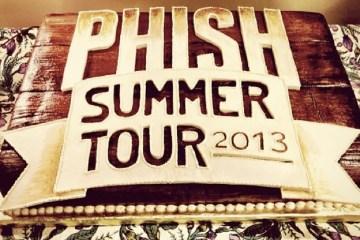 phishsummertour2013cake