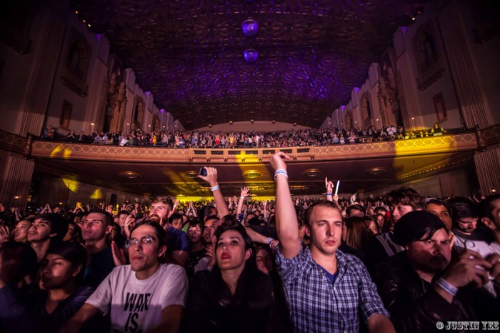 04-Cut Copy_Fox Theater_Oakland, CA-4