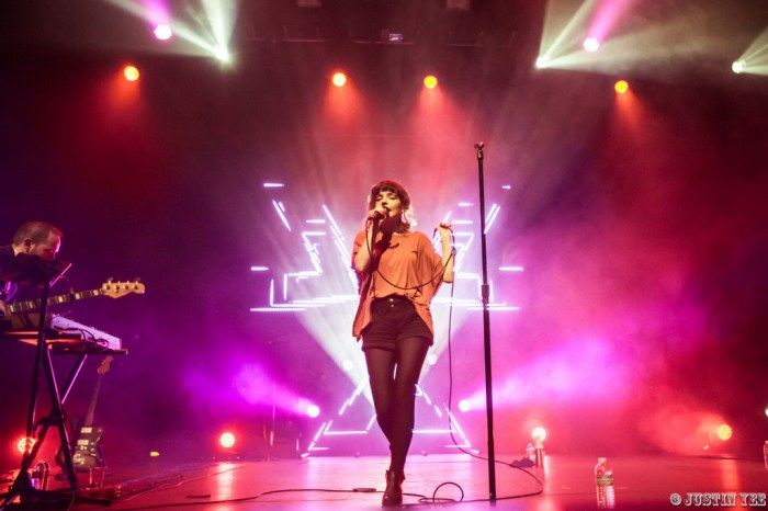 CHVRCHES_The Fox Theater_Oakland, CA (Watermarked)-12