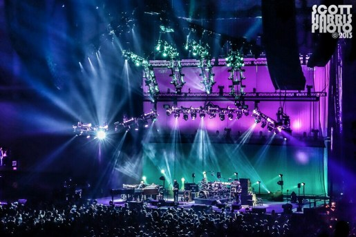 Scott_Harris_Phish_2013.11.01_1024px_03