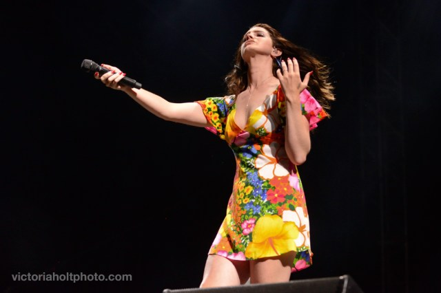 VictoriaHolt_20140420_TopTenMoments_05